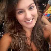 Imagem de perfil: Fernanda Cosenza